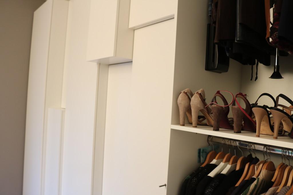 design-garderobkast-meubelmaker-slaapkamer-maatwerk-meubelmakerij-houtenmaatwerk-binnenwerk-schoenenkast-kledingkast