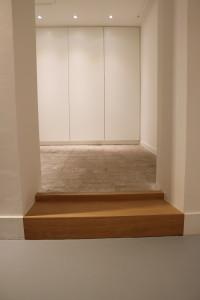 houtenmaatwerk-trede-kastenwand-eiken-hout-op-maat-garderobekast-maatwerk-meubelmakerij