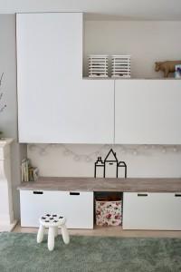 speelgoed-kast-maatwerk-woonkamer-opbergen-strak-wit-modern-meubel-maatwerk-meubelmaker