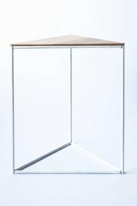 design driehoektafel stalenframe eikenblad eiken