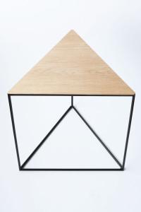 design driehoektafel stalenframe eikenblad eiken maatwerk